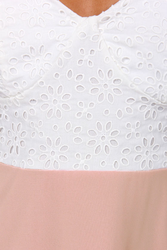 Eyelets Fall In Love Lace Pink Dress at Lulus.com!