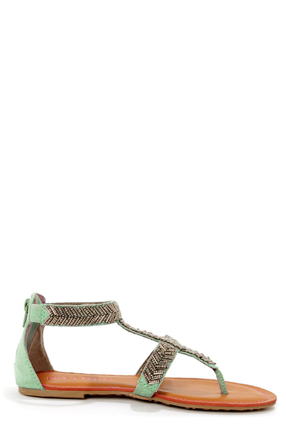 Pink & Pepper Salior Green Beaded T-Strap Thong Sandals at Lulus.com!
