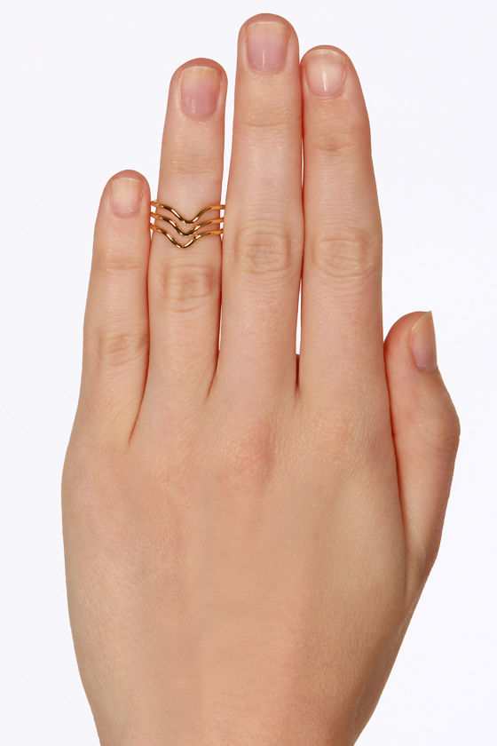 Let Three-dom Ring Gold Knuckle Ring at Lulus.com!