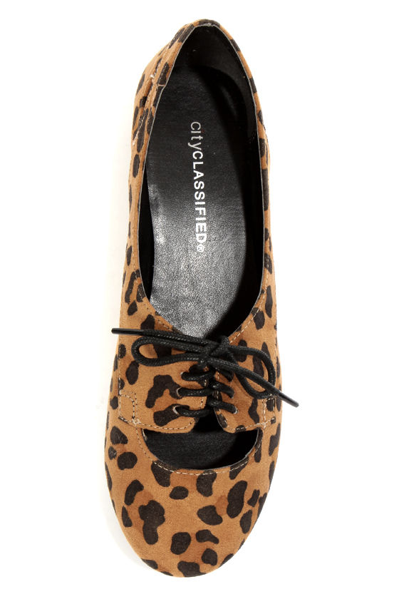 City Classified Graben Tan Leopard Print Cutout Oxford Flats at Lulus.com!