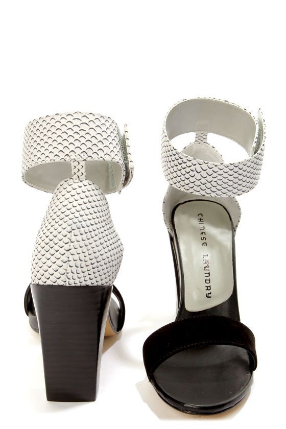 Chinese Laundry Balance Black and White Single Strap Sandals at Lulus.com!