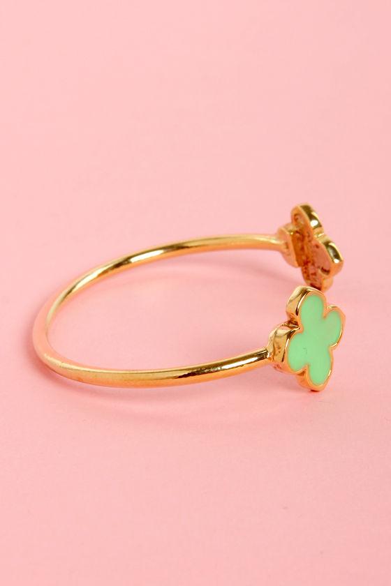 Clover the Moon Mint Green Clutch Bracelet at Lulus.com!