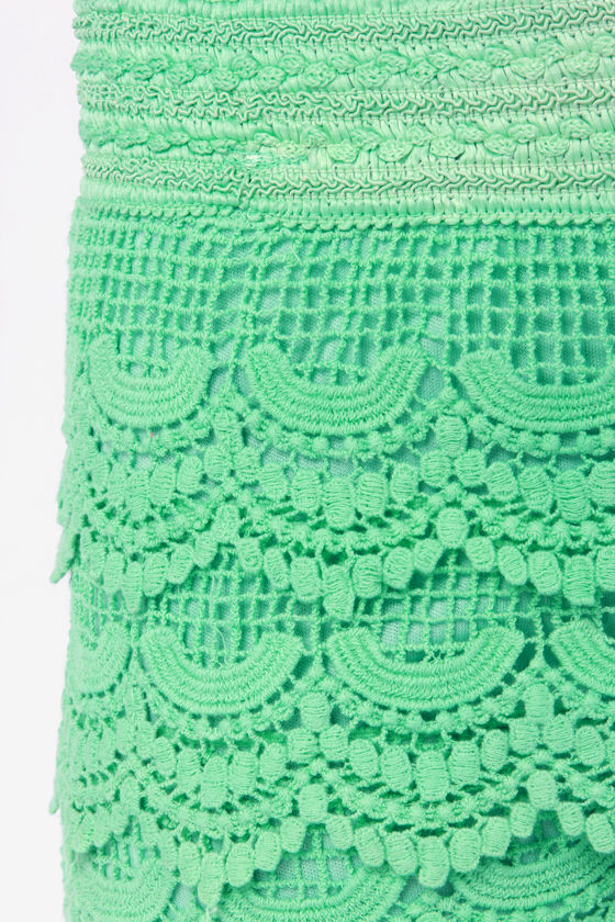Crochet It By Ear Mint Green Lace Shorts at Lulus.com!