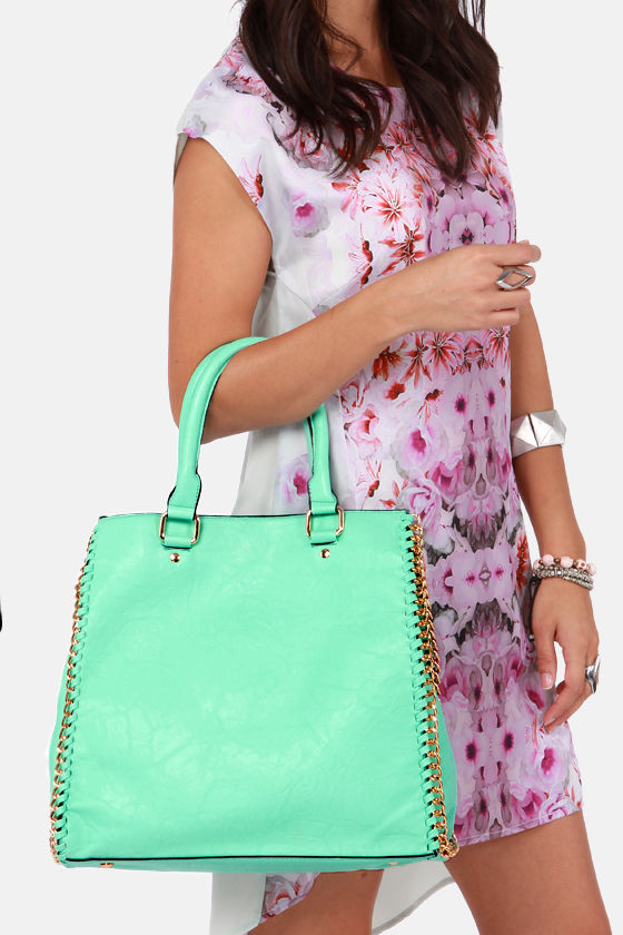 My Chain Squeeze Mint Handbag at Lulus.com!