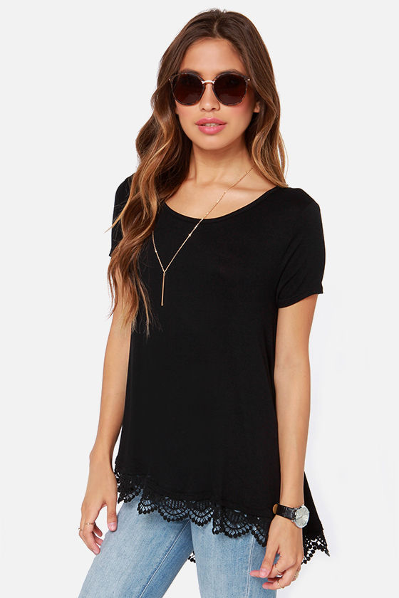 Trapeze-y Rider Oversized Black Top at Lulus.com!