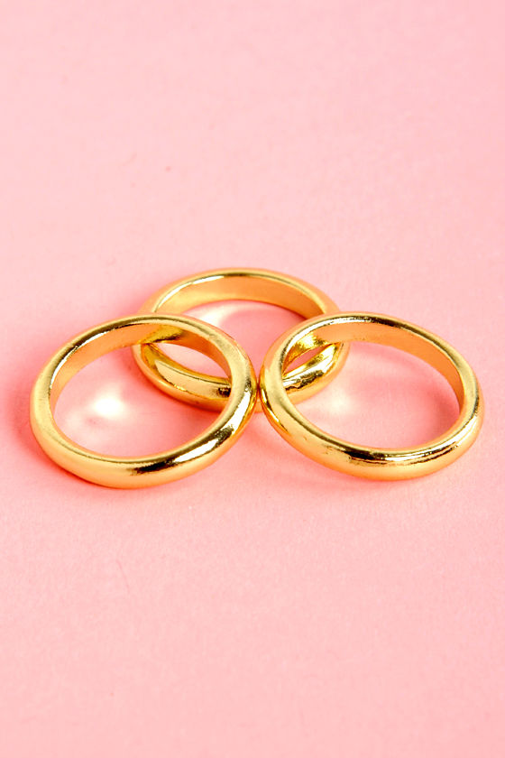 The Secret Life of Threes Gold Knuckle Ring Set at Lulus.com!