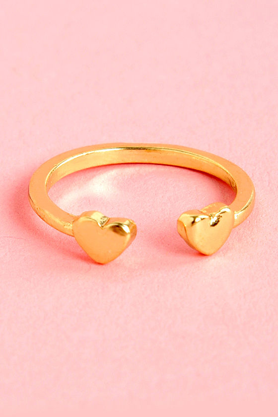 Heart of Your World Gold Knuckle Ring at Lulus.com!
