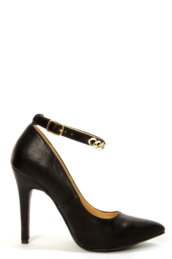 Shoe Republic LA Blanco Black Ankle Chain Pointed Pumps at Lulus.com!