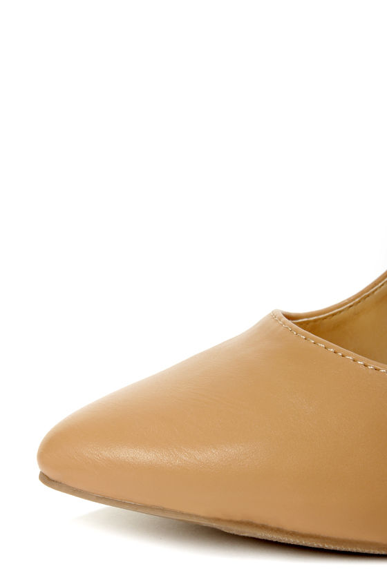 Shoe Republic LA Blanco Camel Ankle Chain Pointed Pumps at Lulus.com!