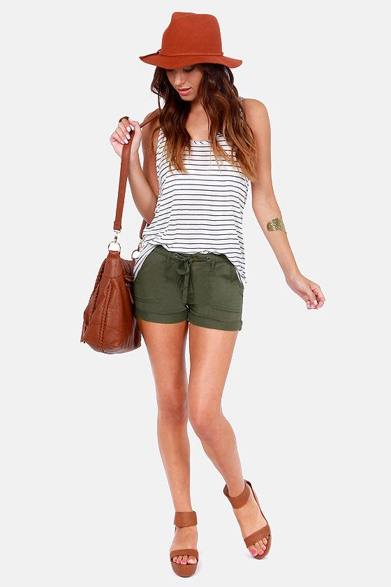 Roxy Warming Days Army Green Shorts at Lulus.com!