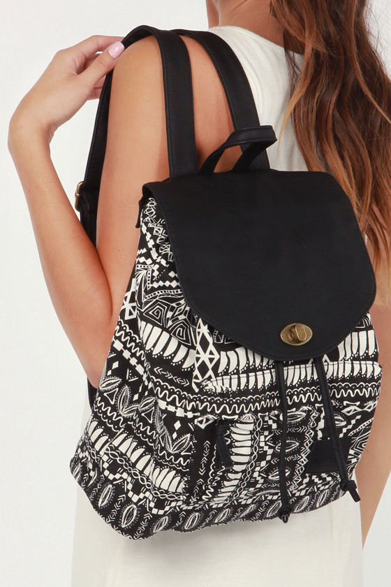 Element Rowan Black and White Print Backpack at Lulus.com!