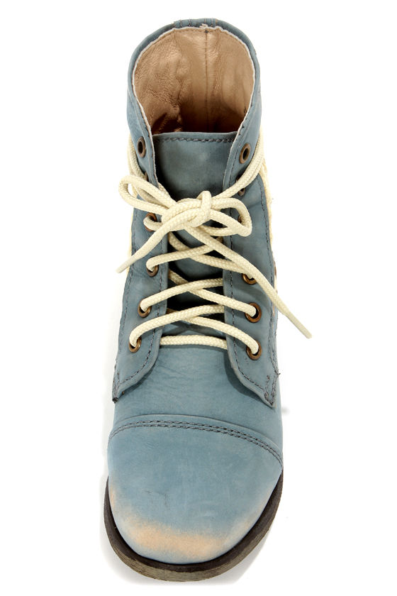 Steve Madden Thundr-C Blue Crocheted Lace-Up Ankle Boots at Lulus.com!