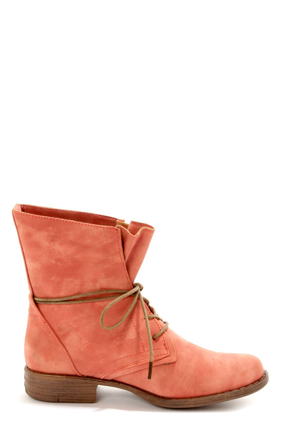 Wanted Leroy Coral Burnished Lace-Up Mid-Calf Boots at Lulus.com!