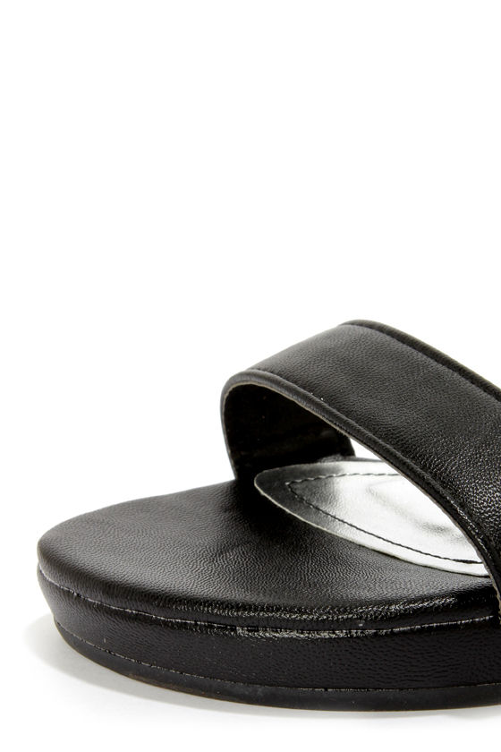 Bamboo Formula 04 Black Triple Ankle Strap Flatform Sandals at Lulus.com!