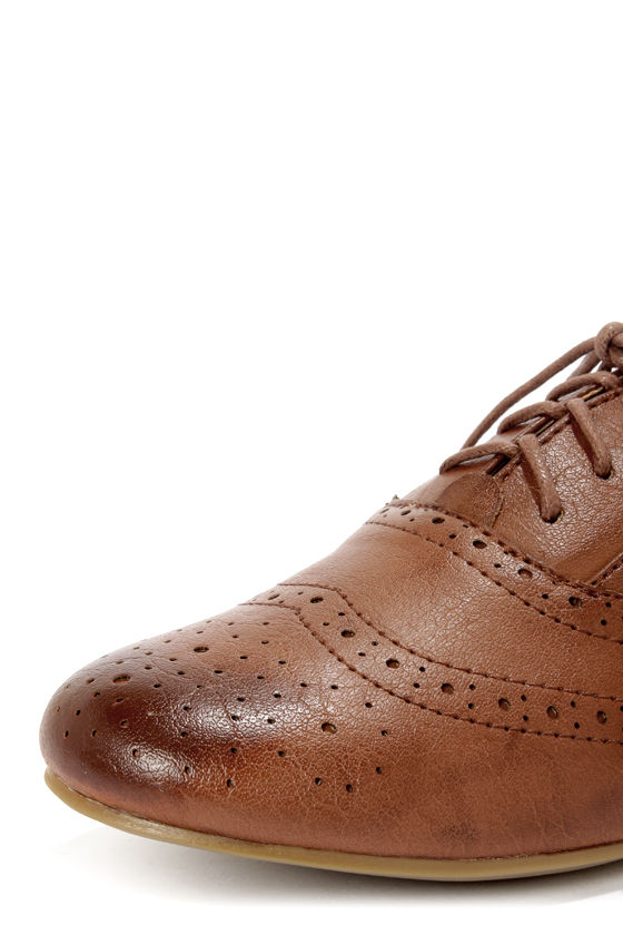 Madden Girl Tremor Cognac Brogue Lace-Up Oxfords at Lulus.com!