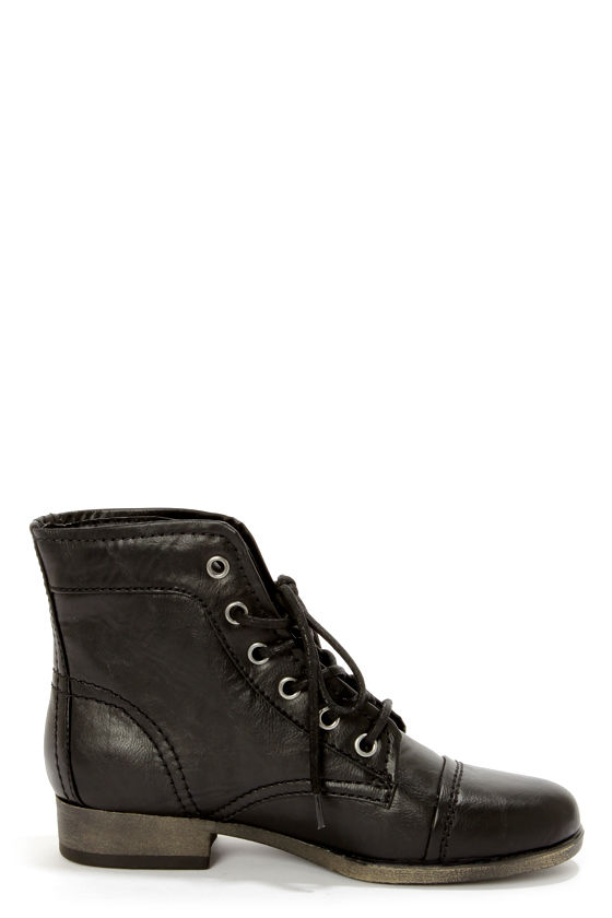 Madden Girl Armie Black Lace-Up Ankle Boots at Lulus.com!