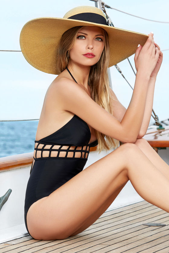 RVCA Abyss Black One Piece Swimsuit at Lulus.com!