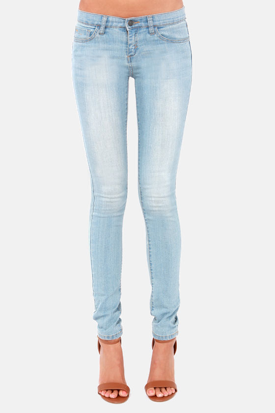 RVCA Falcor Light Wash Skinny Jeans at Lulus.com!
