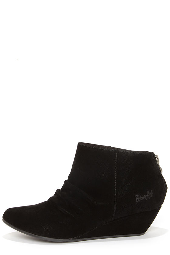 Blowfish Luminate Black Suede Ruched Wedge Booties at Lulus.com!