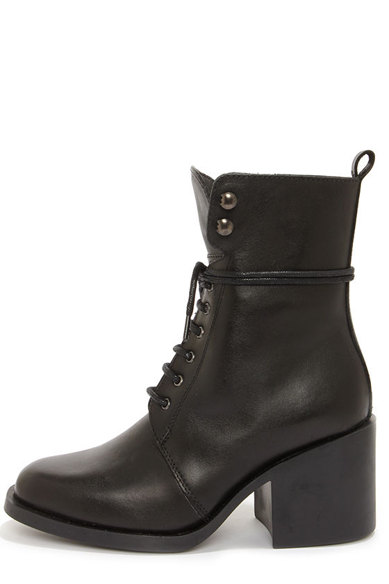 Report Signature Kenneth Black Leather Lace-Up Boots at Lulus.com!