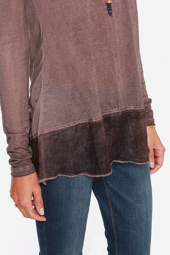 Black Swan Dooriya Sable Long Sleeve Top at Lulus.com!