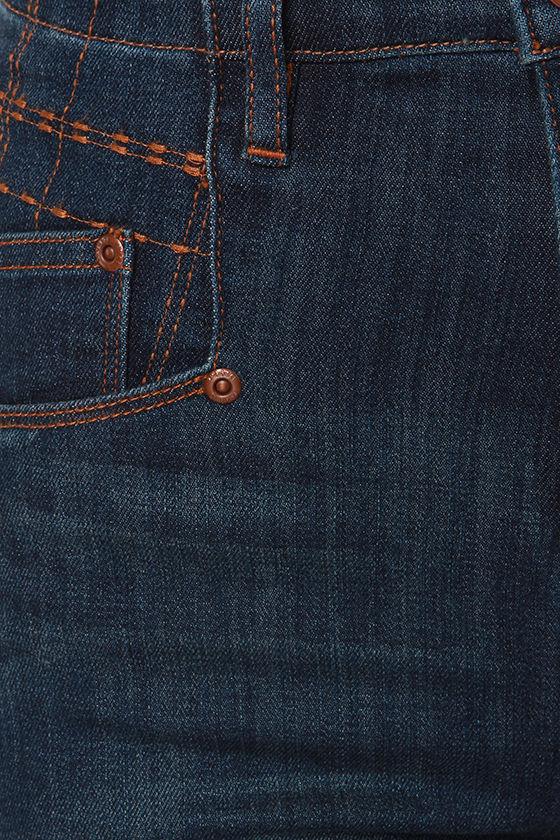 Dittos Jennifer Dark Blue High Rise Skinny Jeans at Lulus.com!
