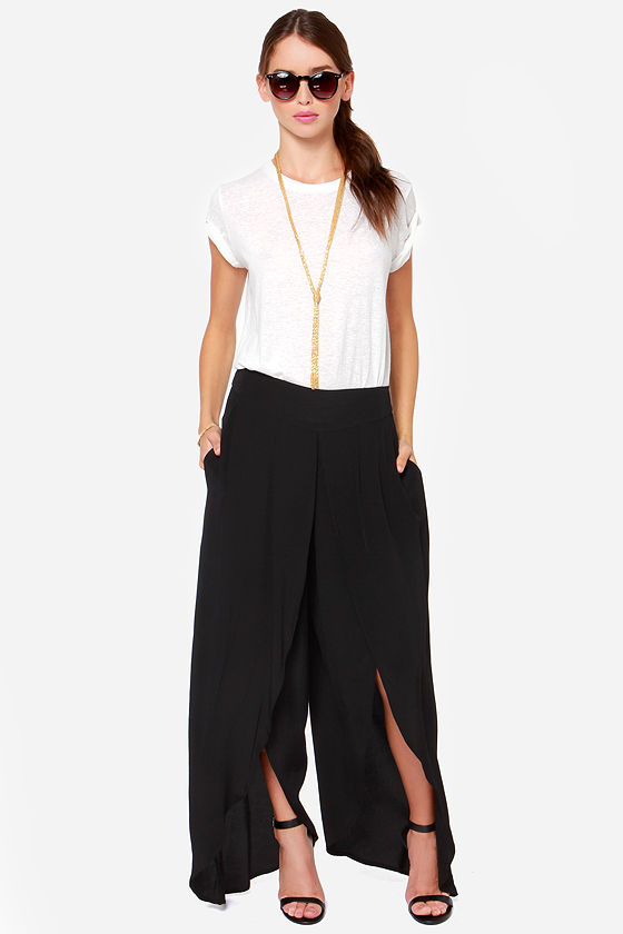Come Sail Away Black Pants at Lulus.com!