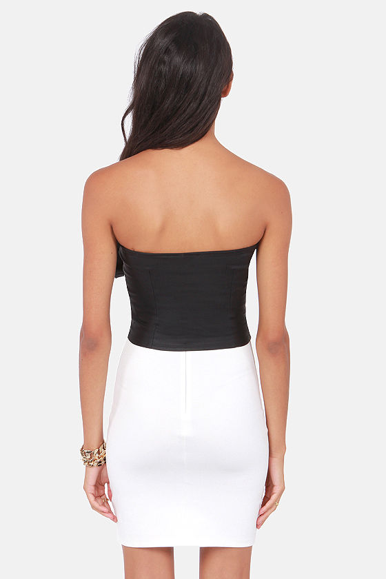 The More You Bow Strapless Black Top at Lulus.com!