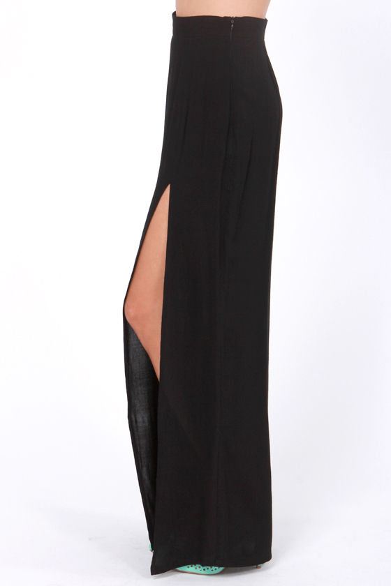 LULUS Exclusive Take It To The Max Black Maxi Skirt at Lulus.com!