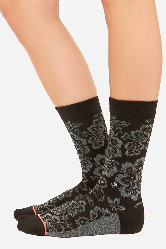 Stance Alaconte Black Floral Print Socks at Lulus.com!