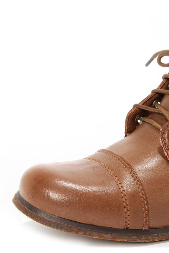 Madden Girl Gamer Tan Lace-Up Combat Boots at Lulus.com!