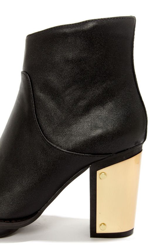 Steve Madden Flight Black Leather Gold-Plated Ankle Booties at Lulus.com!