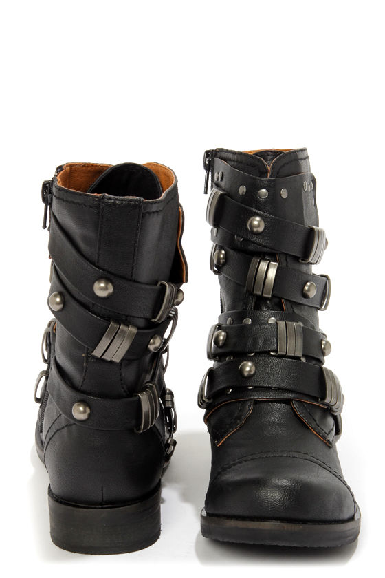 Coconuts Tyler Black Belted Motorcycle Boots at Lulus.com!
