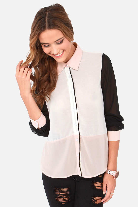 Power Trip Blush Color Block Top at Lulus.com!
