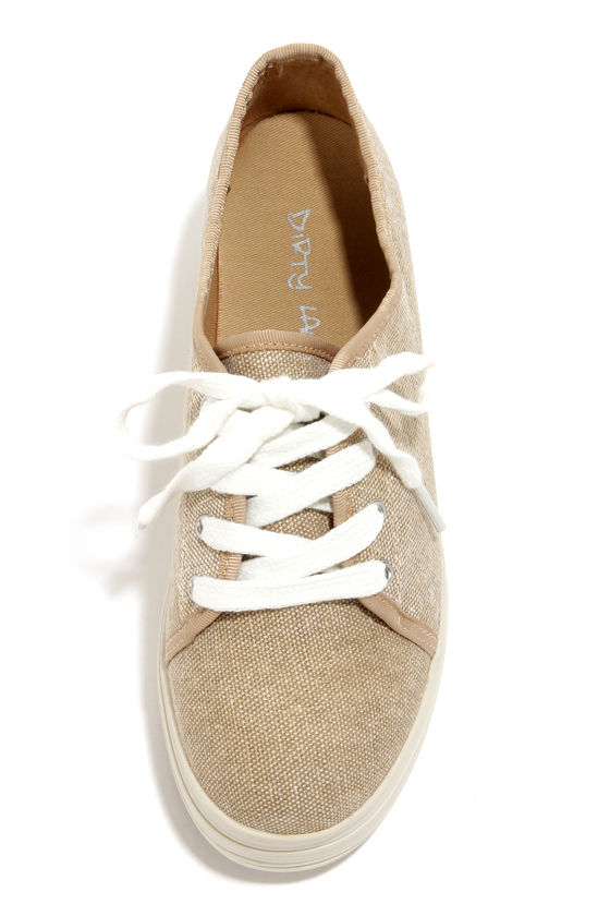 Dirty Laundry Lilyhammer Natural Canvas Platform Sneakers at Lulus.com!