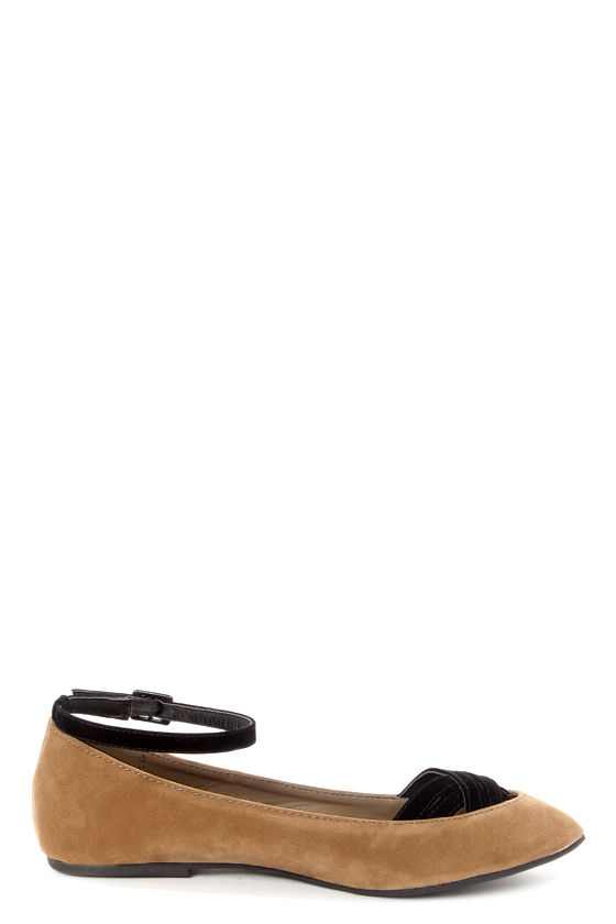 Dollhouse Nifty Camel Cross-Front Ballet Flats at Lulus.com!
