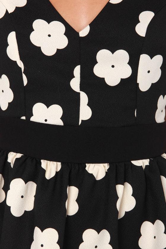 Bloom-y Tunes Black Floral Print Dress at Lulus.com!