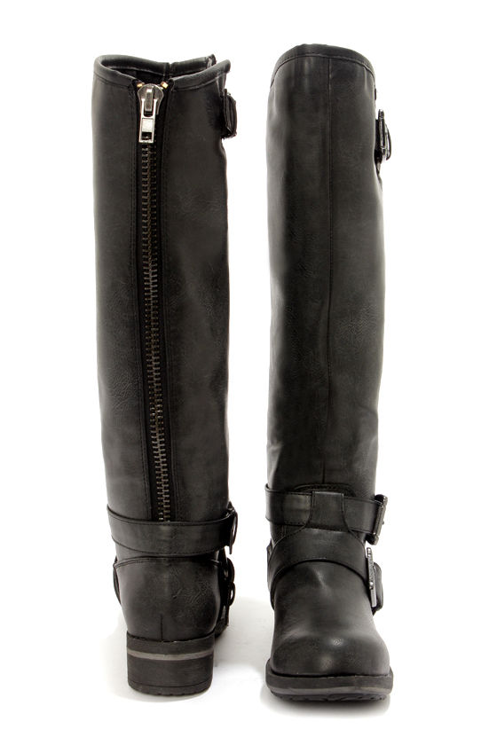 Madden Girl Legacie Black Belted Knee-High Motorcycle Boots at Lulus.com!