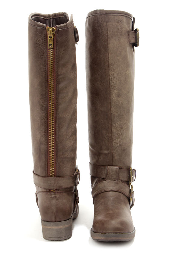 Madden Girl Legacie Brown Belted Knee-High Motorcycle Boots at Lulus.com!