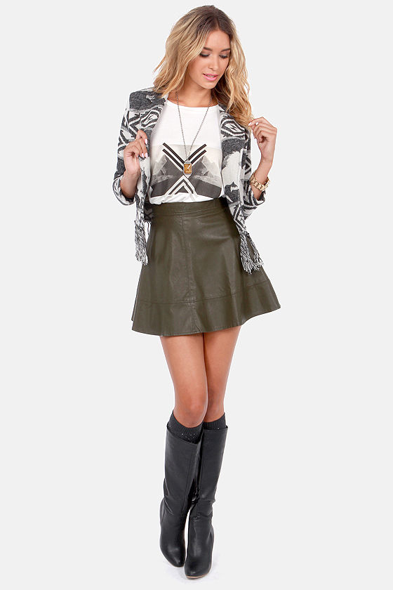 RVCA Van Zant Black and Ivory Crop Jacket at Lulus.com!