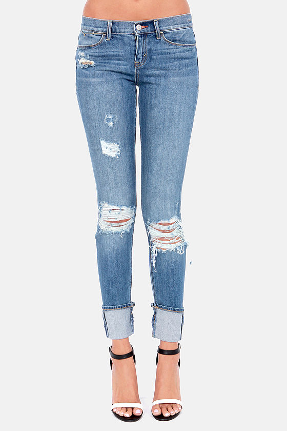 Dittos Kelsey Cuffed and Distressed Skinny Jeans at Lulus.com!
