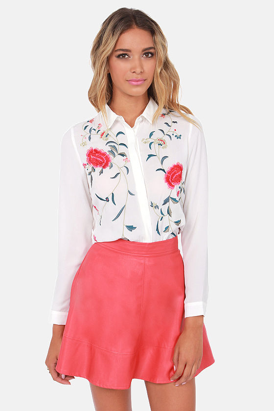 Act Naturally Embroidered Ivory Top