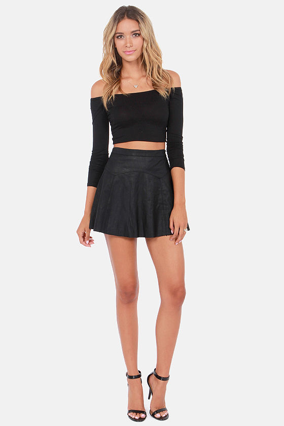 Half the Battle Off-the-Shoulder Black Crop Top at Lulus.com!