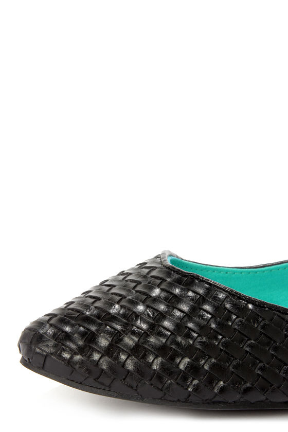 Blowfish Dame Black Madrid Woven Pointed Flats at Lulus.com!