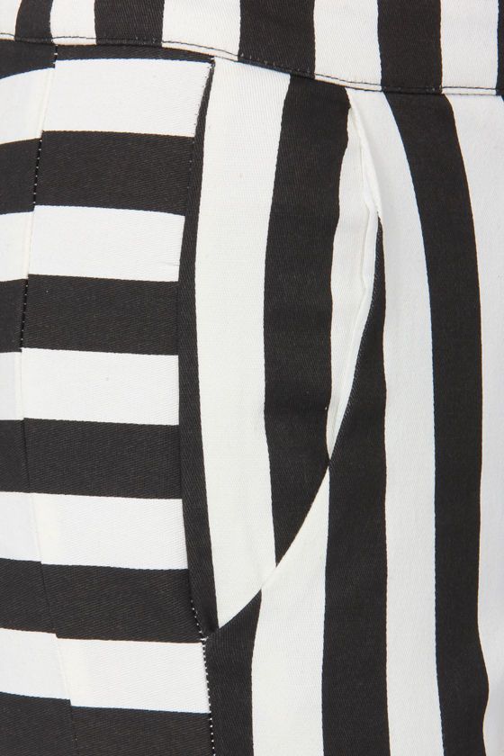 Power Slant Black and Ivory Striped Pants at Lulus.com!