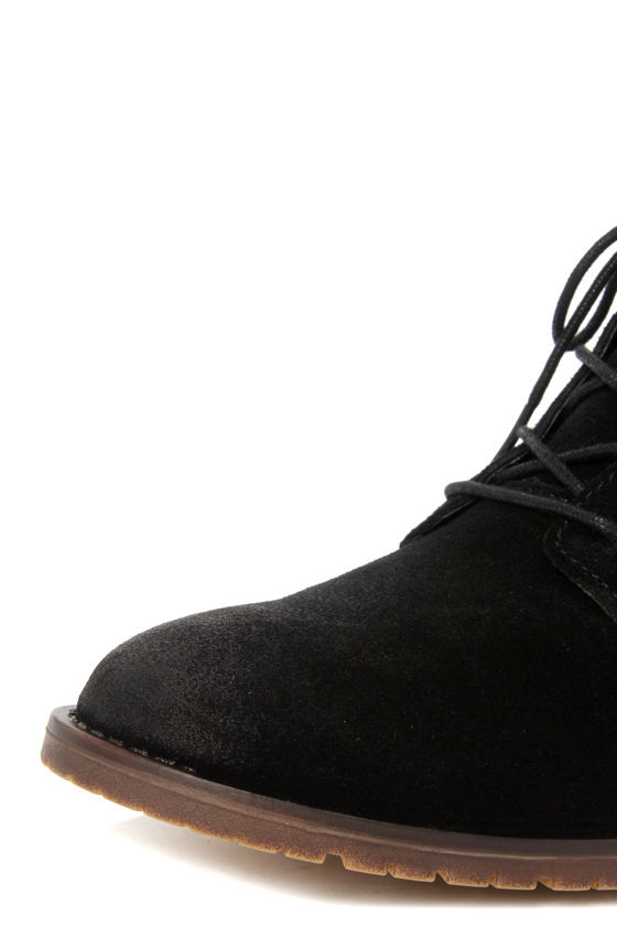 Steve Madden Rawlings Black Suede Lace-Up Ankle Boots at Lulus.com!