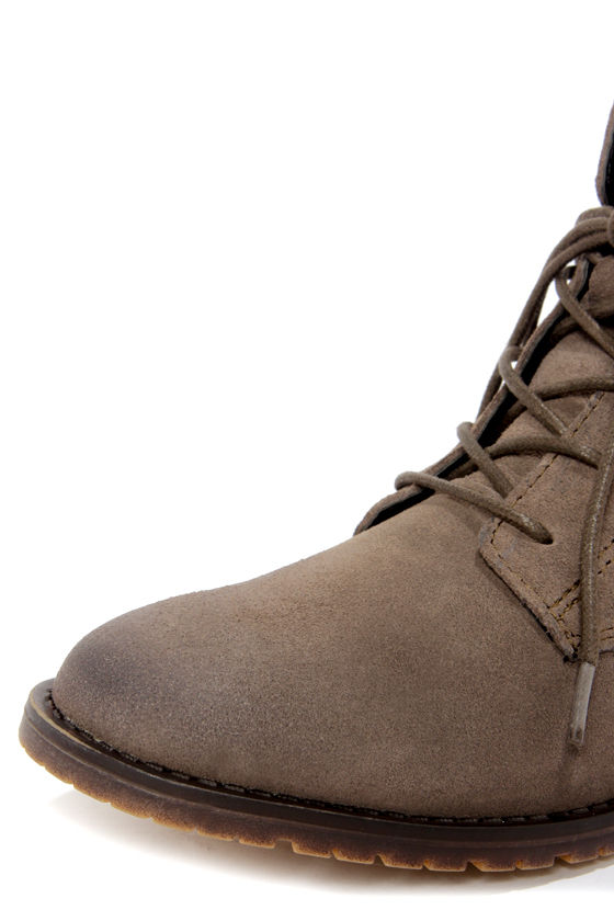 Steve Madden Rawlings Grey Suede Lace-Up Ankle Boots at Lulus.com!