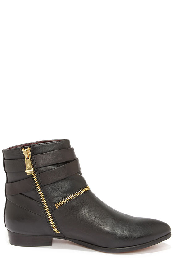 Report Signature Ele Black Leather Booties at Lulus.com!