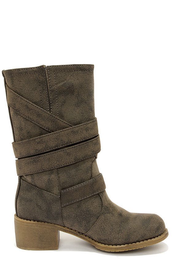 Dirty Laundry Check It Out Olive Distressed Mid-Calf Boots at Lulus.com!
