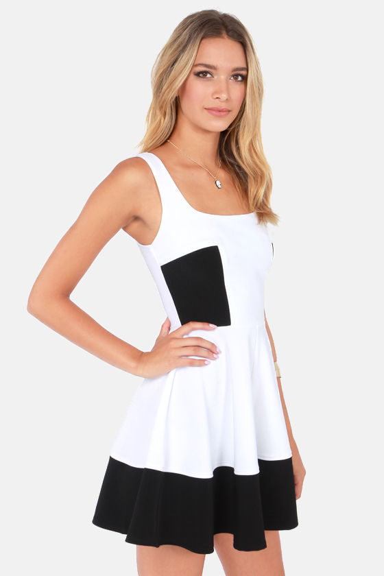 Home Before Daylight Black and White Dress at Lulus.com!